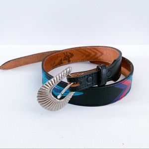 Women's XS Thunderbird vintage leather native belt